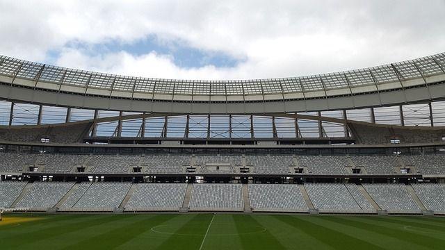 ¿Cuestan más las viviendas cercanas al Bernabéu o al Camp Nou?